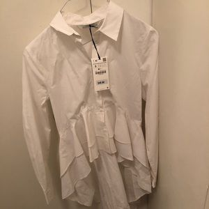 BRAND NEW High Low Ruffled Button Down
